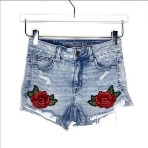 American Eagle | Rose Embroidered Hi Rise Shortie